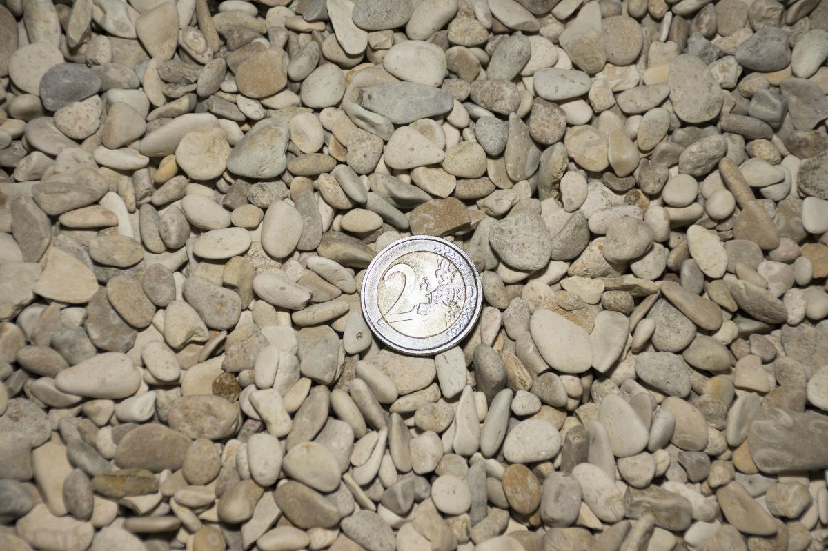 calcaire roul 5 8 achat de galets en vrac ou big bag. Black Bedroom Furniture Sets. Home Design Ideas